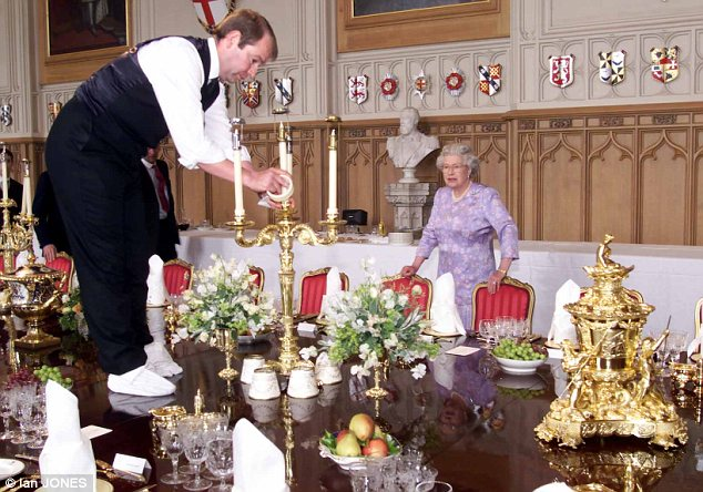 what it is like working inside buckingham palace