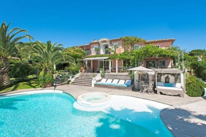 Domestic Villa Couple – South of France – Permanent
