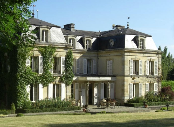Chateau Assistant – Normandy, France – Seasonal