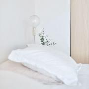 light pillow bed