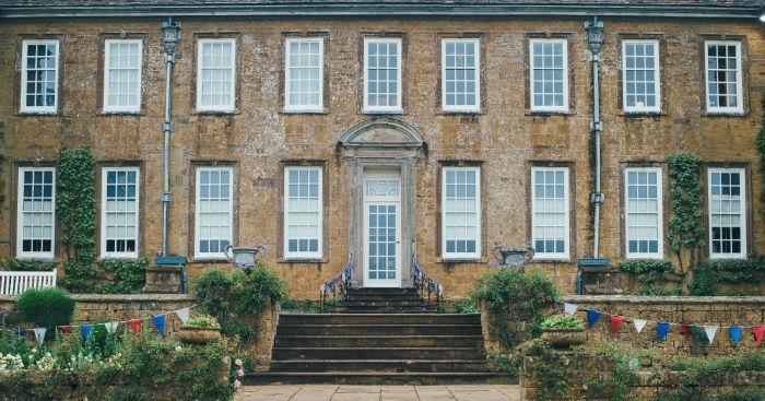 Domestic Couple – Knutsford – Cheshire
